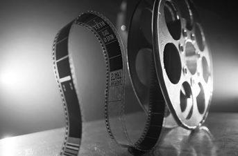 Contrats et droit du travail dans le cinéma et l'audiovisuel en France et à l'étranger