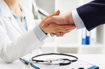 Contrats & partenariats en santé